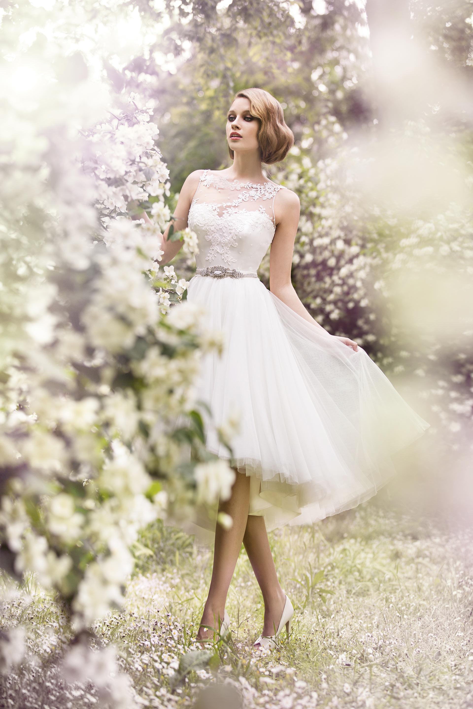 7d9d3cea5 Siéntete como una princesa el día de tu boda. Valerio Luna 2015 ...