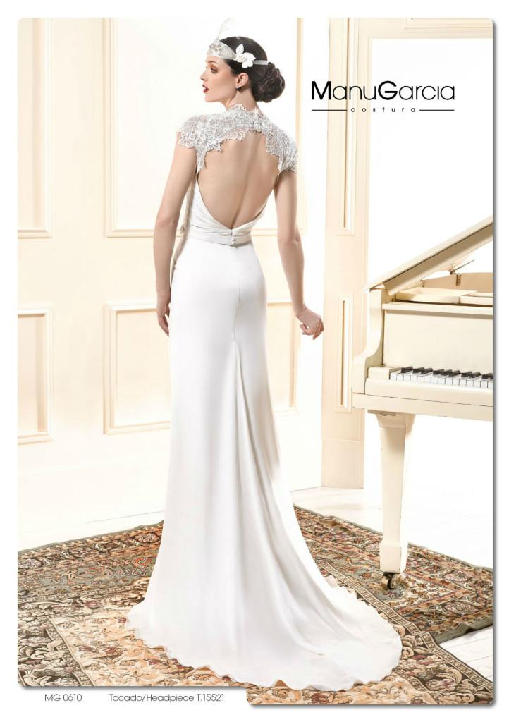 43a404530aa65 Hemos elegido seis modelos con los que podrás mostrar una espalda de  vértigo que realmente marca la diferencia. ¿Te atreverías a llevar un  vestido con esta ...