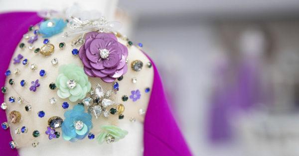 CABECERA Detalles en los Vestidos de fiesta